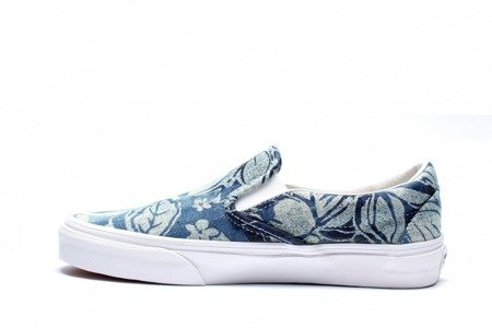 VANS Buty Classic Slip-On (Indigo Tropical) Blu/TrWt